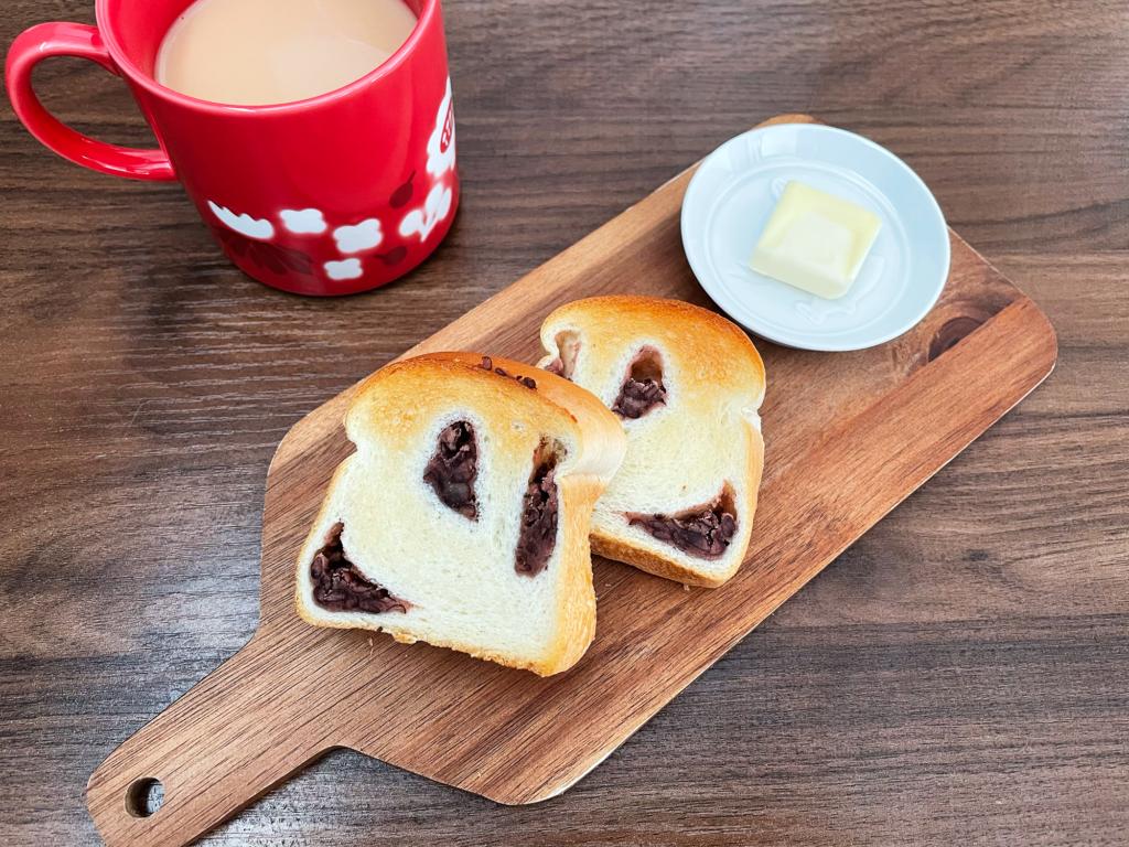 国産小豆のあんこ食パン